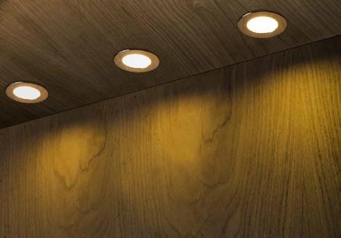Vestavné bodové svítidlo 230V LED  R10586-1